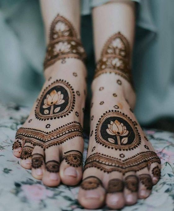 Hartalika Teej mehndi designs हरतालिका तीज के मौके पर हाथों में लगाएं मेहंदी के ये लेटेस्ट डिजाइन Mehndi design for Hartalika Teej