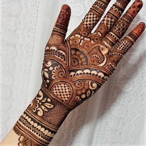 Front Hand Mehndi Design Easy Simple Mehndi Designs for Front Hands