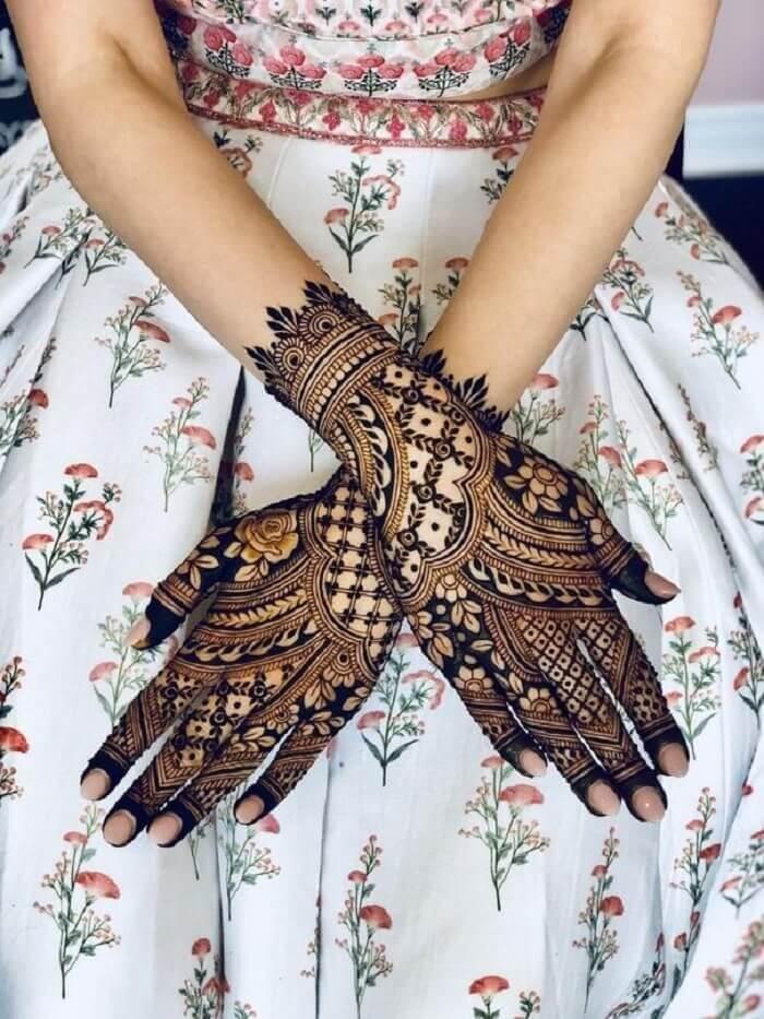 happy hariyali teej latest beautiful attractive simple mehndi design images for girls married woman smt Happy Hariyali Teej हरियाली तीज पर लगाएं ये Latest Mehndi Designs जानें कौन सबसे