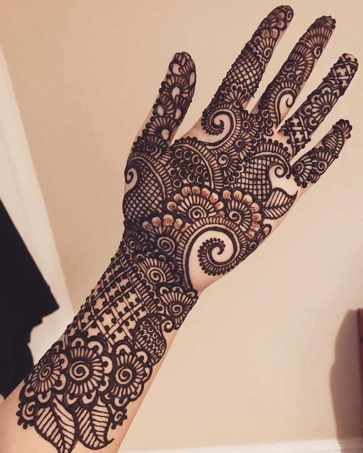 Karwa Chauth Mehndi Designs Easy Simple and Gorgeous Henna Designs That You Can Try Out